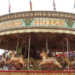 转马类—24座仿上传动旋转木马