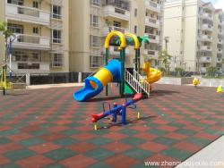 免费儿童游乐设施的安全需重视