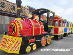 儿童小火车游乐设备趣味多