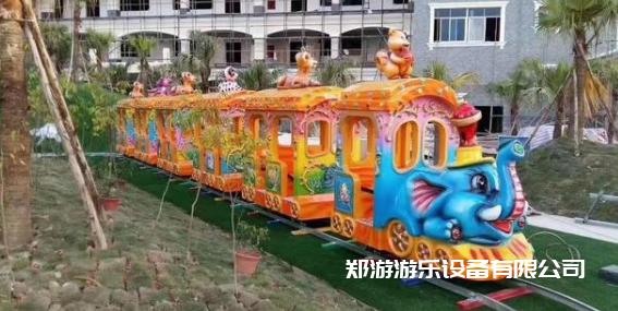 儿童小火车游乐设备趣味多插图(1)